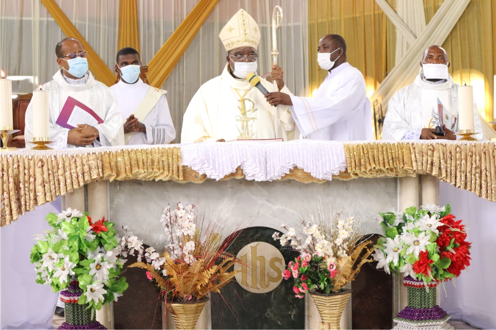 CATHOLIC DIOCESE OF AWGU HONOURS THE RECTOR; BIGARD MEMORIAL SEMINARY ENUGU AND HIS CLASS MATE ON THEIR SILVER JUBILEE CELEBRATION